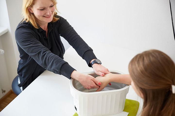 15-handbad-ergotherapie-zentrum-bonn
